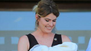 Adriana Abenia presume de figura después de dar a luz / Gtres