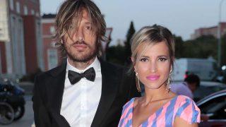 Ana Fernández y Adrián Roma, una de las parejas más atractivas del verano/ Gtres