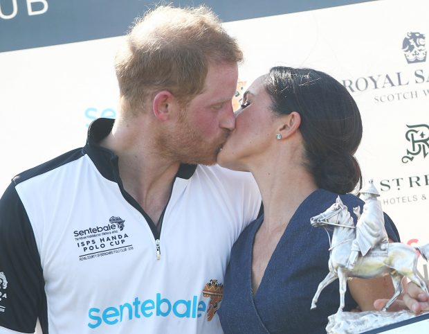 Harry y Meghan vs Carlos y Diana: Veinte años de diferencia y una misma imagen