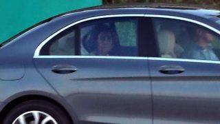 La reina Sofía fotografiada en el interior de un vehículo/ Gtres