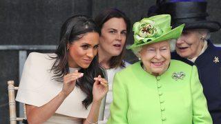 La reina Isabel y Meghan Markle / Gtres