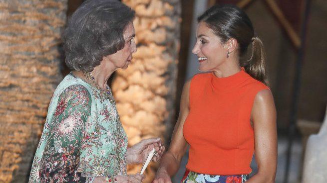 La reina Sofía y la reina Letizia en la Almudaina / Gtres