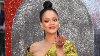 Rihanna defiende sus curvas en una entrevista a British Vogue / Gtres