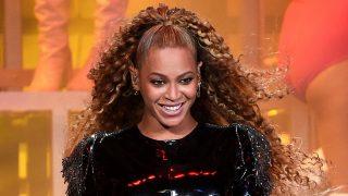 Beyoncé está más orgullosa que nunca de sus curvas / Gtres
