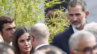 La reina Letizia y el rey Felipe han acudido a este homenaje a las víctimas del 17 de Agosto /Gtres
