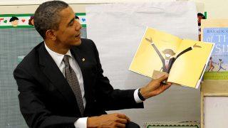 Barack Obama, siempre dispuesto a compartir su pasión por la lectura / Gtres