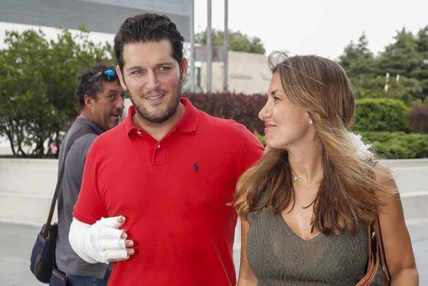 El cantante Manu Tenorio y la periodista Silvia Salas