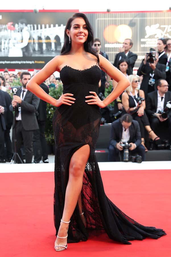Georgina Rodríguez alfombra roja mostra venecia