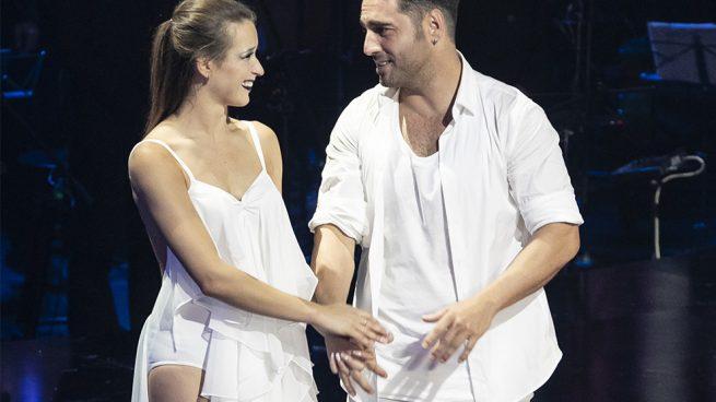 Bustamante y Yana Olina podrían estar a punto de firmar para unir sus destinos