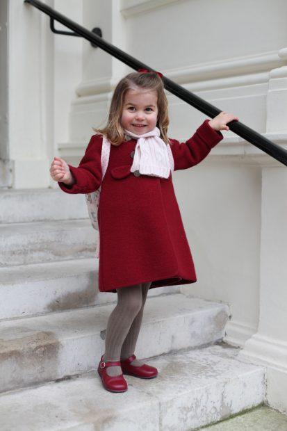 La princesa Charlotte en su primer día de clase / Gtres