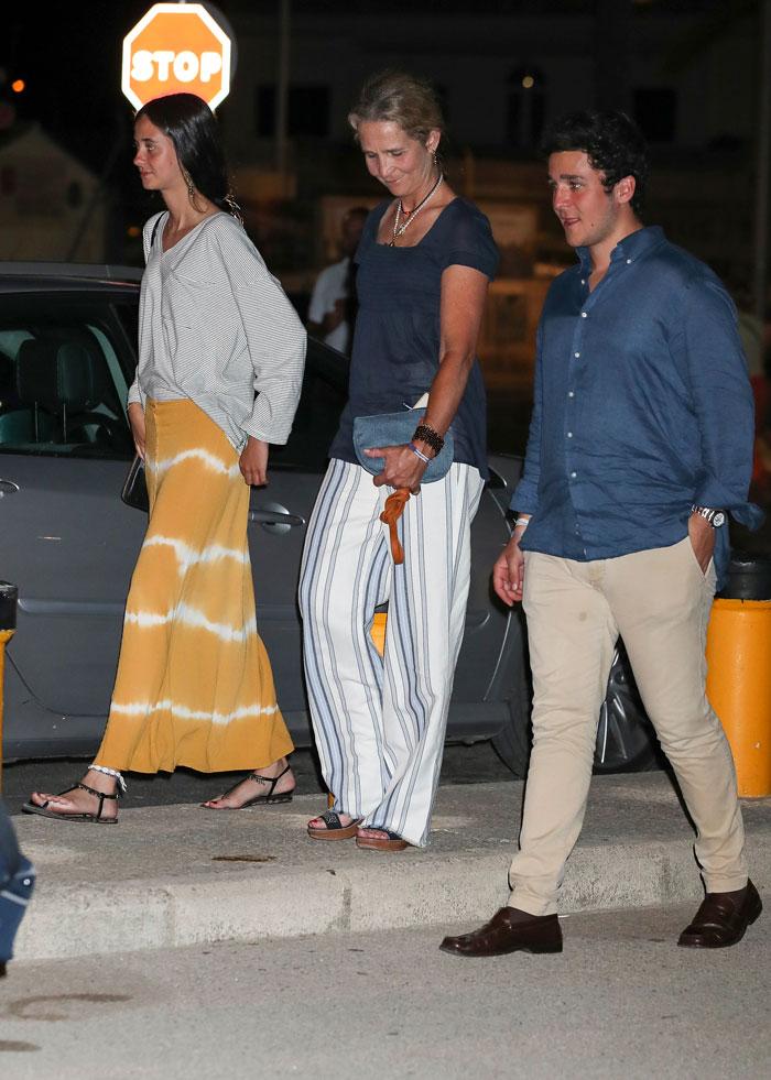 Victoria Federica falda tie-dye