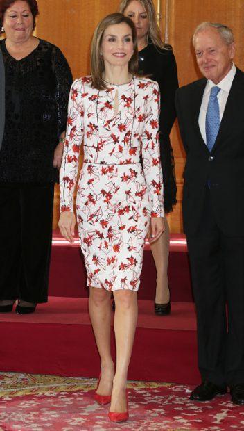 El vestido original de doña Letizia / Gtres