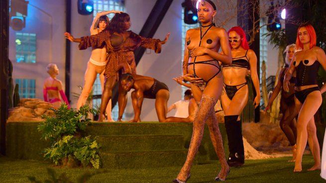 Desfile de Savage X Fenty de Rihanna en Nueva York