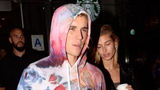 Descubre todas las imágenes de Justin Bieber y su prometida en nuestra galería / Gtres.