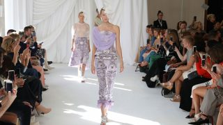 Desfile de la Primavera/Verano 2019 de DelPozo en la Semana de la moda de Londres / Gtres