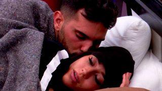 Aurah y Suso, muy cariñosos en la cama / Telecinco