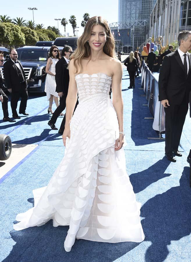 Jessica Biel en los premios Emmy 2018