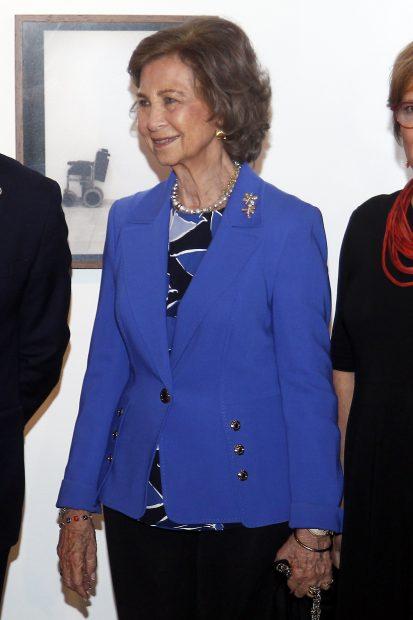 ¿Qué hacía la reina Sofía mientras doña Letizia reaparecía el Teatro Real?