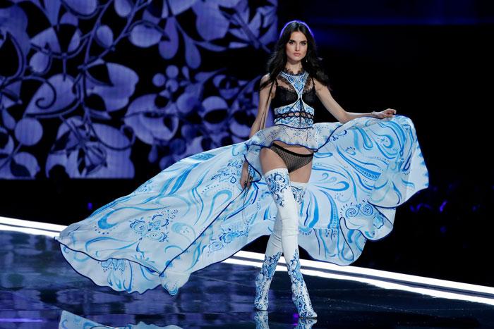 Blanca Padilla Victoria's Secret 2017