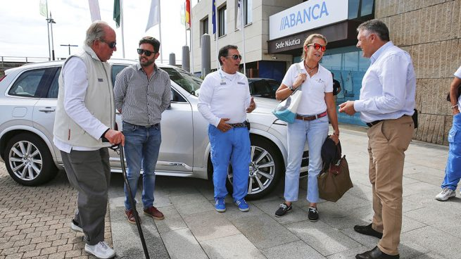 El Rey Juan Carlos y la infanta Elena llegan a Sanxenxo