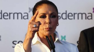 Isabel Pantoja hace un llamamiento a sus fans para que apoyen a su hija en GH VIP6/ Gtres
