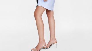 Los zapatos de vinilo son el 'hit' de la temporada y han llegado a Zara en todas sus versiones / Zara