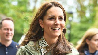 La Duquesa ha retomado su agenda con una visita a la Escuela Forestal de Sayers Croft, situado en el parque de Paddington.