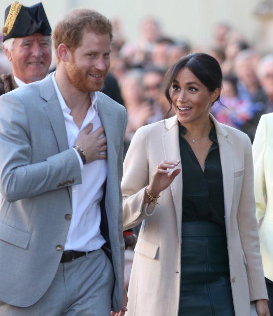 Meghan y Harry a su llegada a Sussex / Gtres