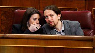 Irene Montero y Pablo Iglesias, durante una reunión en el Congreso / Gtres