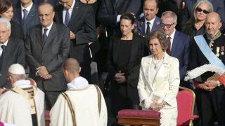 La reina Sofía, ante la llegada del Papa Francisco / Gtres.