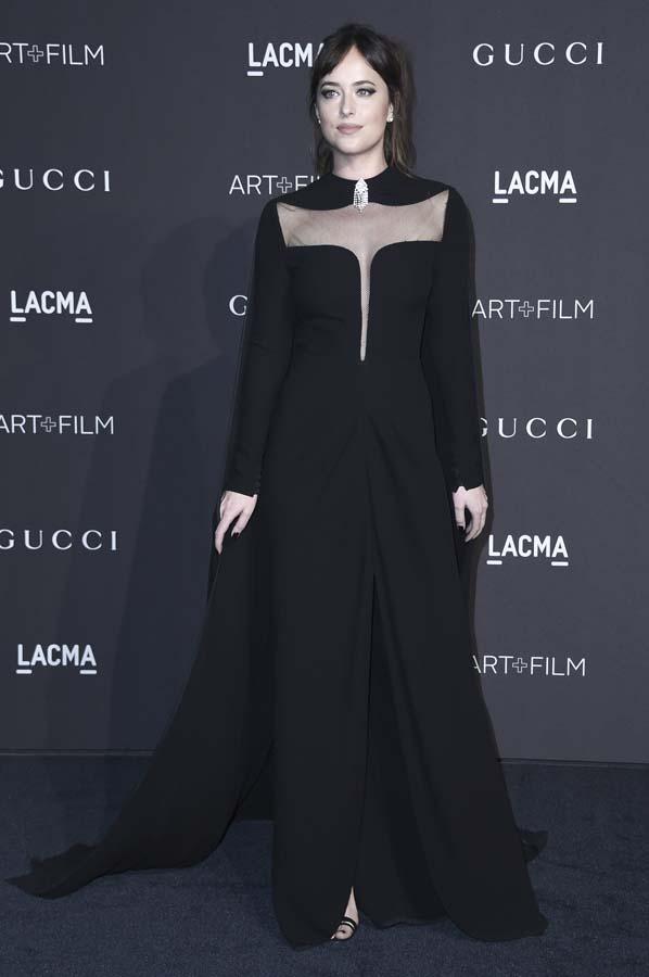 Dakota Johnson y Kim Kardashian, la cara y la cruz de la Gala LACMA