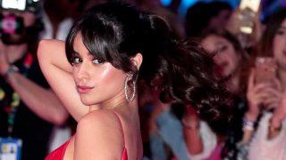 Camila Cabello también sufre las consecuencias de las coletas muy tirantes / Gtres