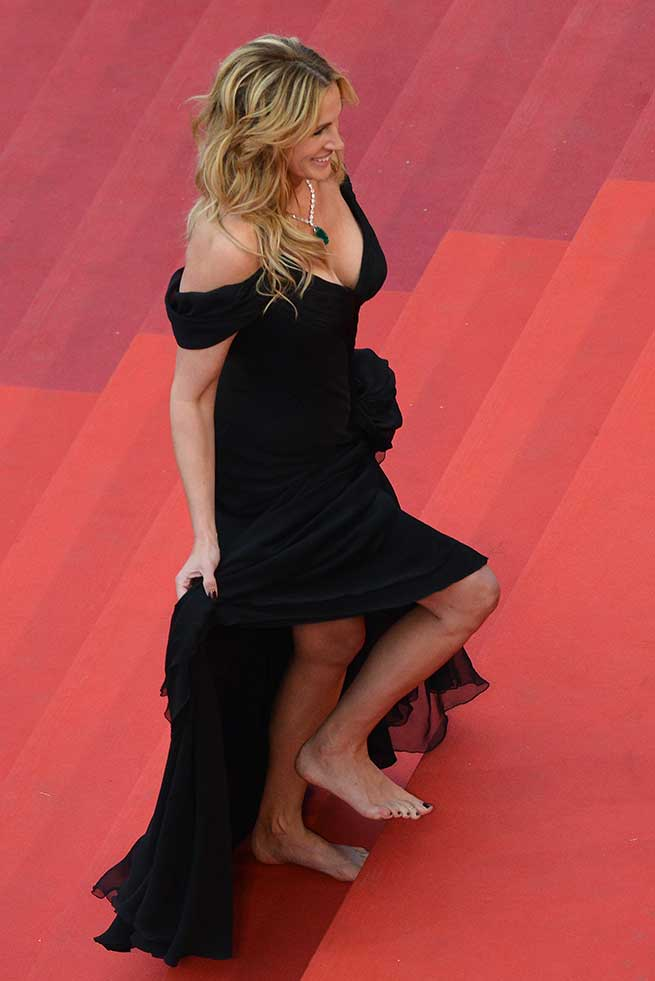 julia roberts descalza cannes