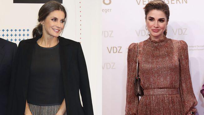 Las comparaciones son odiosas: Letizia vuelve a coincidir en look con Rania (y pierde el duelo)