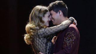 Alfred García y Amaia Romero durante una actuación /Gtres