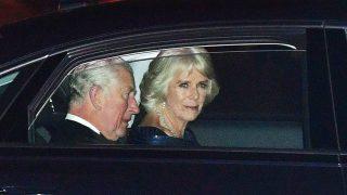 LLegada de Carlos de Inglaterra y la duquesa de Cornualles /Gtres