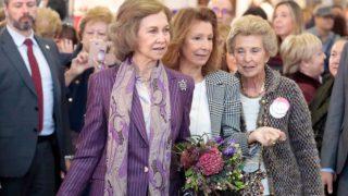 La reina Sofía, en el rastrillo 'Nuevo Futuro' / Gtres.