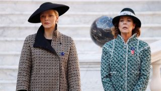 La princesa Charlene de Mónaco y la princesa Carolina de Hanover en el día Nacional de Mónaco /Gtres