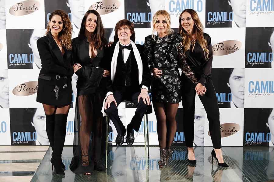 Camilo Sesto acompañado de Mónica Naranjo, Marta Sánchez, Pastora Soler y Ruth Lorenzo