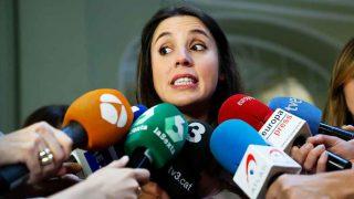 Irene Montero, atendiendo a los medios de comunicación / Gtres