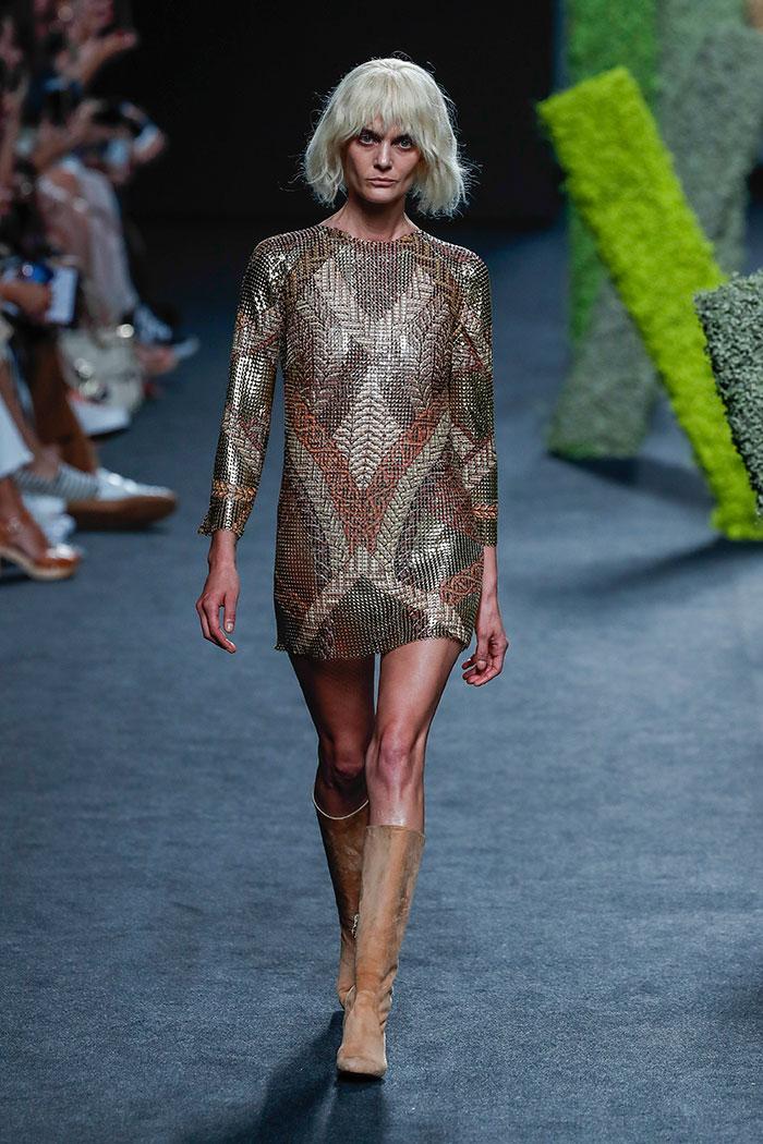 vestido teresa helbig adriana ugarte hormiguero