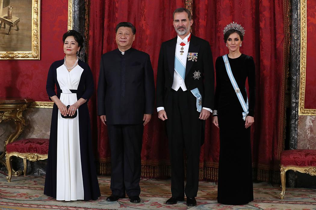 Los Reyes de España, el presidente de China y su esposa