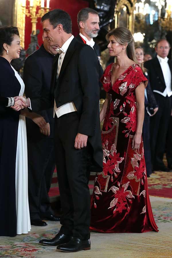 Begoña Gómez y Pedro Sánchez durante la cena de gala en honor al presidente de China