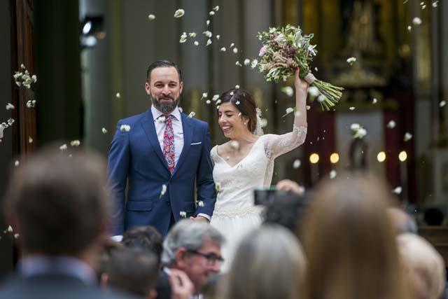 Santiago Abascal y Lidia Bedman durante su boda el pasado mes de junio