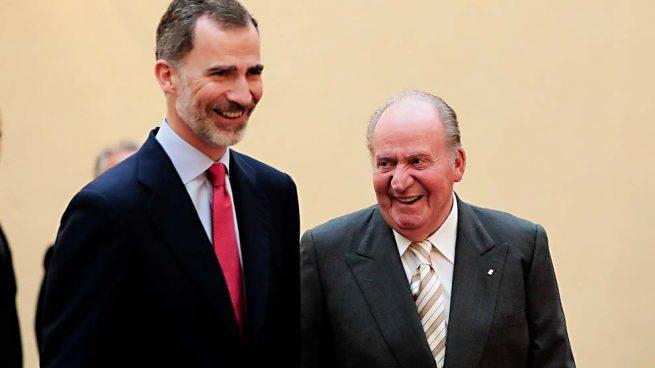 Los reyes Felipe y Juan Carlos