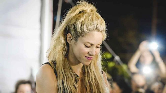 La fiscalía de España la investiga por fraude fiscal — Shakira