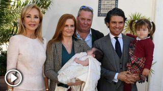 Carmen Lomana, madrina de lujo en el bautizo del hijo de Olivia de Borbón / Gtres
