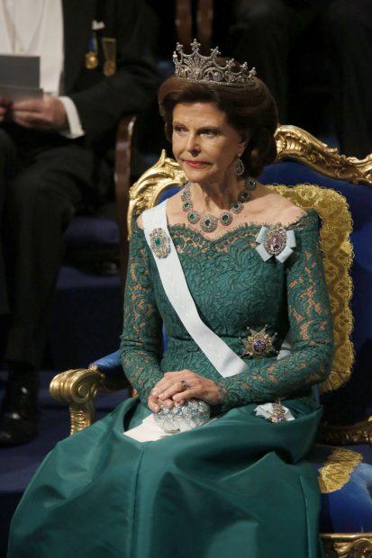 Victoria, 'reina vintage': Recicla un diseño de su madre para la entrega de los Nobel