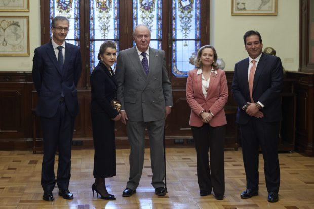 Don Juan Carlos retoma su agenda en solitario tras su semana más especial