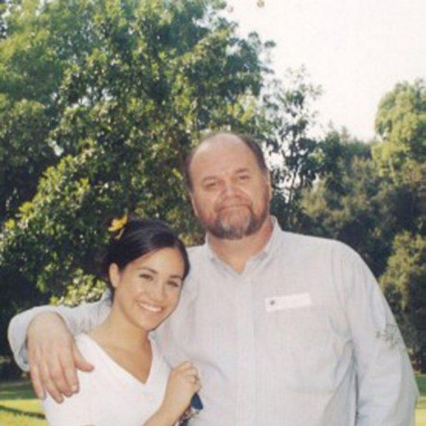 Thomas Markle vuelve a la carga: «Meghan repartió marihuana en su primera boda»